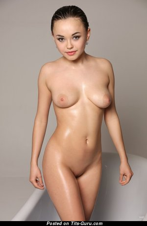 Image. Naked awesome woman with medium natural tits picture