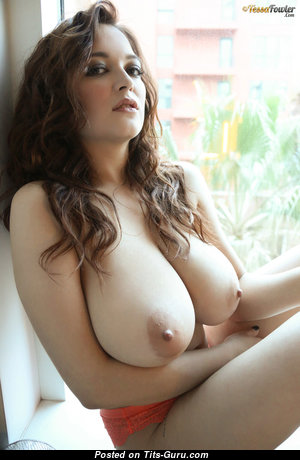 Tessa Fowler - Amazing Topless American Red Hair Babe with Handsome Open Real Extreme Titty & Big Nipples (Hd Porn Picture)