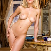 Sexy blonde photo