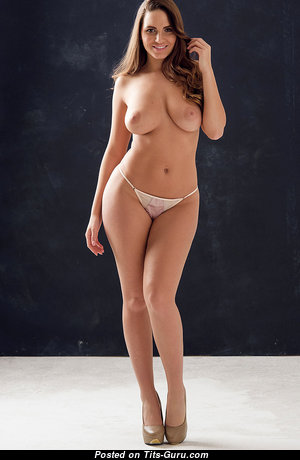 Sweet Babe with Sweet Bare Real Titty (Hd Porn Photoshoot)