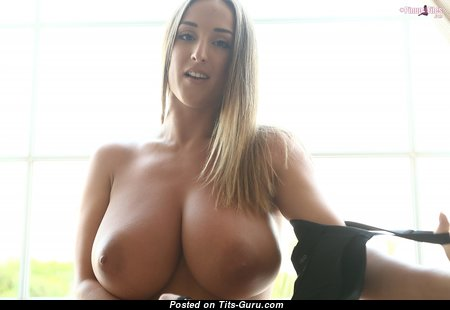 Graceful Babe with Graceful Defenseless Natural H Size Boobs (Hd Xxx Pic)