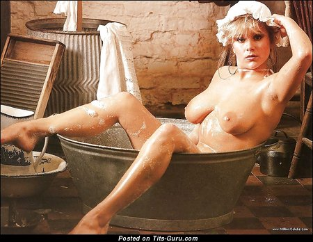 Image. Samanta Fox - wet naked beautiful female with natural tittys image
