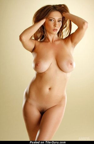 Image. Julia - nude nice girl with medium natural boob picture