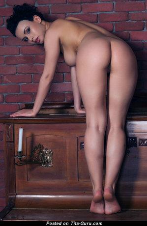 Image. Lubachka - nude amazing woman picture