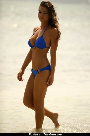 Charming Gal with Charming Bare H Size Melons in Bikini on the Beach (Sex Pix)