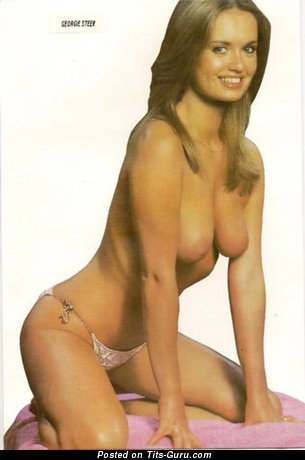 Georgie Steer - nude hot lady with medium natural breast pic