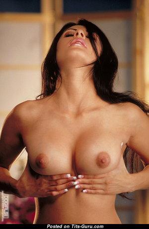 Naked brunette pic