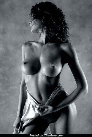 Splendid Glamour Babe with Splendid Open Real Average Jugs (Hd Sexual Pix)