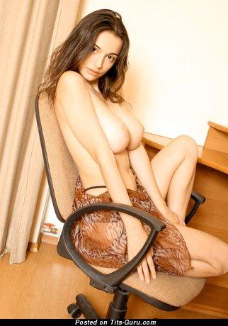 Svetlana Pashchenko - naked hot girl with huge natural boobies image