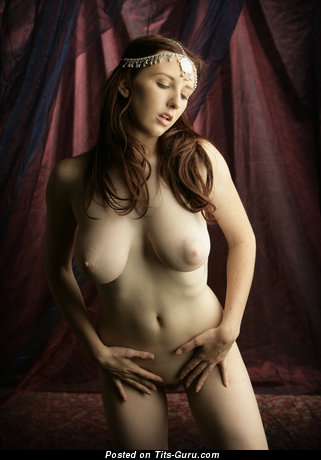 Image. Sarah - nude hot girl picture