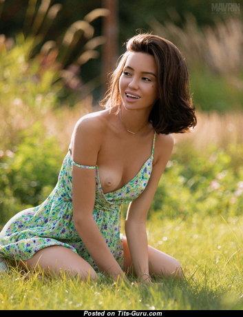 Alina Lando - Splendid Naked Brunette (Hd Sex Photo)