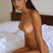 Aline Mates - hot girl with big natural tittes image