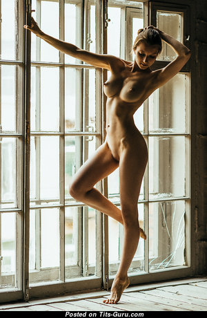 Alexandra Smelova - Gorgeous Russian Babe with Splendid Nude Tight Knockers (Hd Sexual Image)