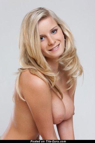 Image. Nude nice girl image