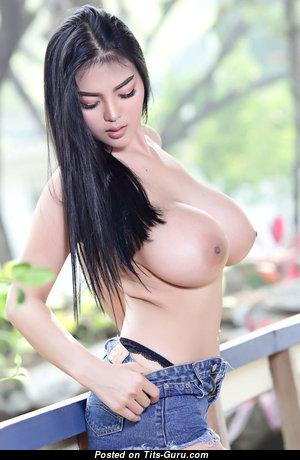 Grand Nude Babe (Hd Sexual Foto)
