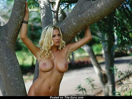 Tanja Nickel - nude blonde with medium breast photo