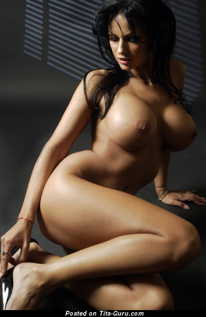 Image. Sexy nude brunette with big boob photo