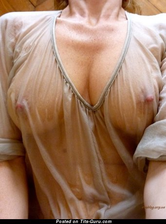 The Best Floozy with The Best Bare Natural Mega Tittys (Sex Photo)