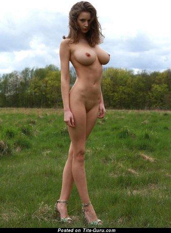 Изображение. Фото сексуальной голой модели