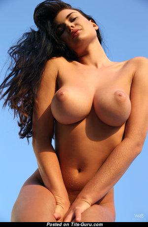 Lucy Li - Alluring Czech Brunette Babe, Wife & Pornstar with Alluring Bald Regular Breasts (4k Xxx Wallpaper)