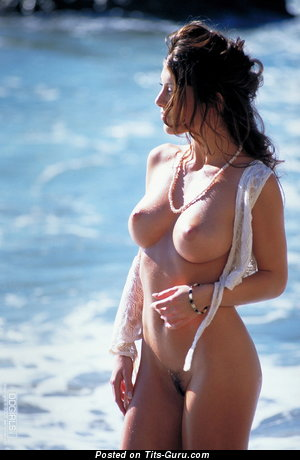 Изображение. Изображение сексуальной раздетой тёлки