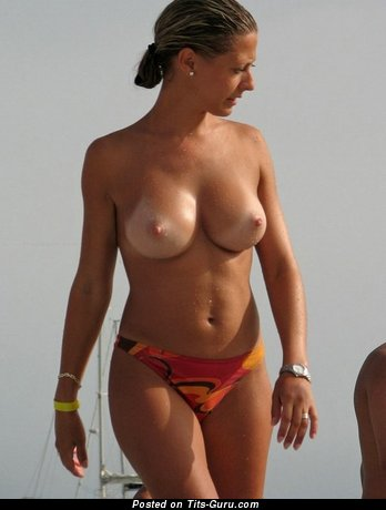 Image. Naked beautiful girl with big tittes image