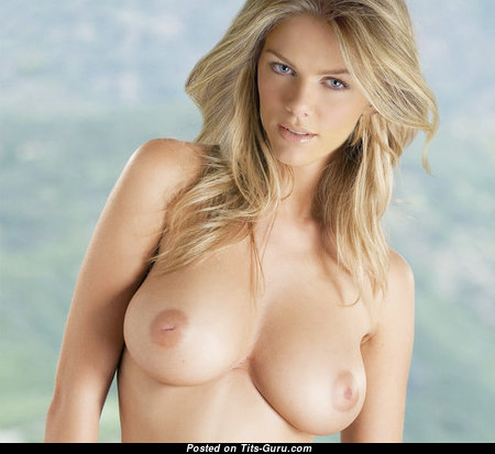 Brooklyn Decker - Gorgeous Topless American Blonde Actress with Gorgeous Naked Natural Firm Chest & Long Nipples (Xxx Wallpaper)