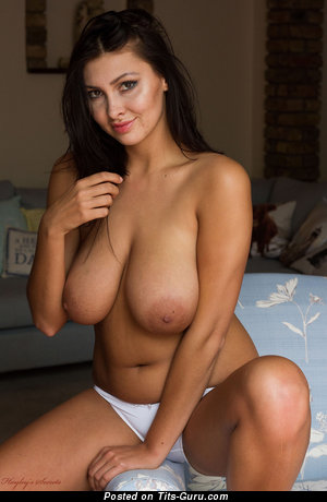 Magda - naked awesome female with big natural tots and big nipples picture