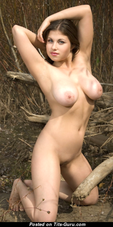 Mia B. - The Best Topless & Glamour Brunette with Enormous Nipples, Tan Lines (Xxx Pix)