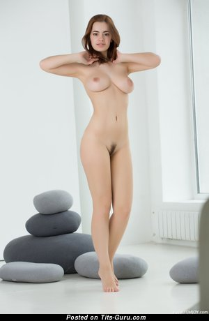 Image. Kamilla J - amazing girl with medium natural tittes image