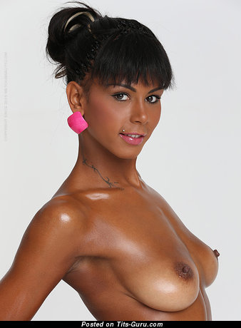 Image. Isabela Christin C. - sexy naked beautiful girl with medium natural tittes photo