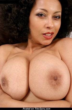 Donna Ambrose Aka Danica - Appealing Ebony Mom with Appealing Open Full Boobie & Red Nipples (Hd Porn Pic)