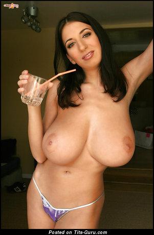 Image. Jana Defi - sexy nude brunette with big tits image