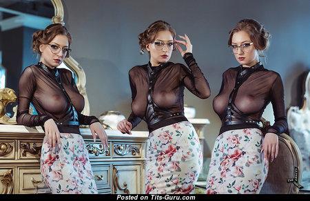 Darya Scherbakova - Cute Brunette Babe & Nerd with Cute Naked Real Med Tittes (Hd Xxx Foto)
