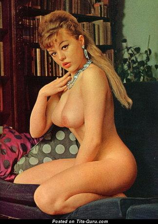 Margaret Nolan - Fascinating British Blonde Babe with Fascinating Naked Real D Size Tots (Vintage Sexual Foto)