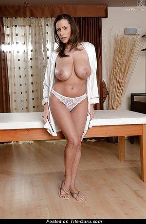 Image. Sensual Jane - naked hot lady with big natural tittes pic