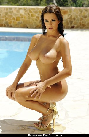 Superb Topless & Glamour Brunette with Superb Open Natural Tittys, Long Nipples, Tan Lines & Sexy Legs in the Pool (4k Sexual Wallpaper)