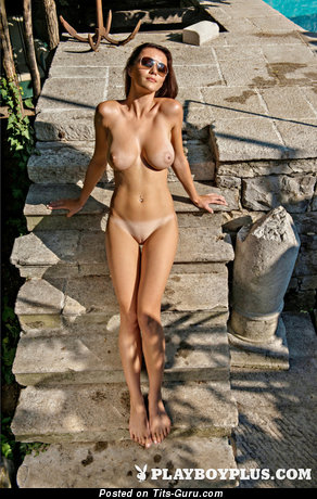 Image. Manja Dobrilovic - naked beautiful girl with big natural tittys picture