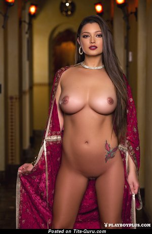 Image. Chelsie Aryn - sexy naked awesome female with medium natural tits and big nipples photo