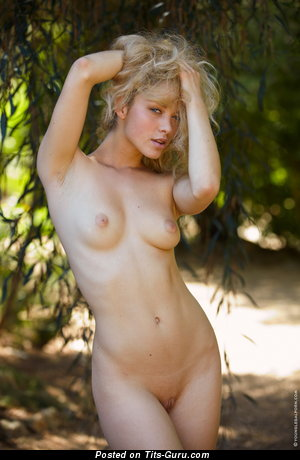 Alisa G - Stunning Blonde with Hot Naked Real Regular Breasts (Hd Sex Pix)