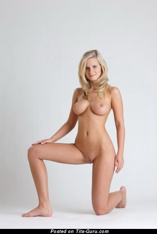Image. Naked beautiful female image