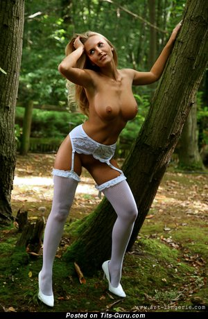 Image. Marketa Pechova - sexy naked blonde with big natural tittes photo