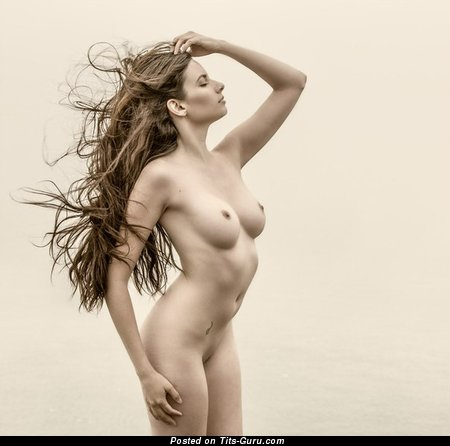Naked beautiful lady with medium natural tittys image