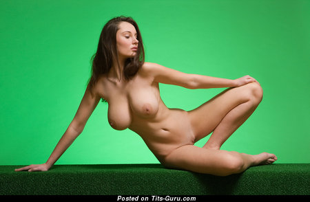 Image. Naked nice woman with natural tittys image