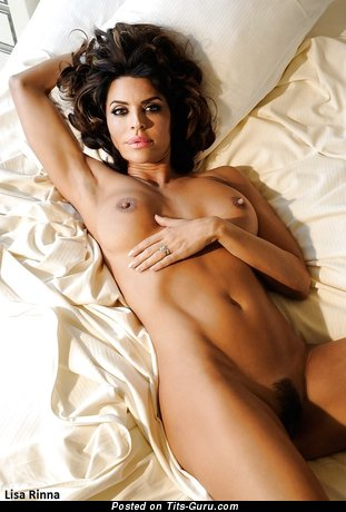 Image. Lisa Rinna - nude hot woman with medium natural boobs image