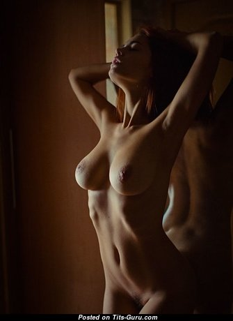 Gorgeous Glamour Honey with Gorgeous Exposed Real Tight Knockers & Red Nipples (Sexual Photo)