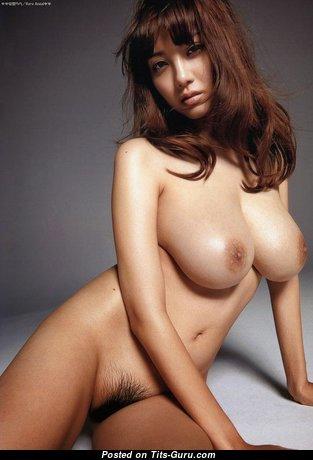 Anzai Rara: обворожительная обнажённая азиатская красотка (эро изображение)