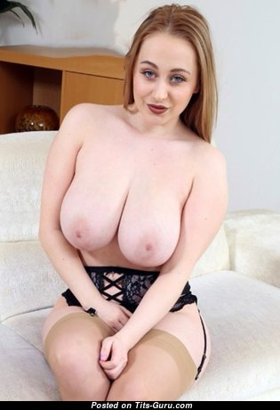 Emma Rachael - Handsome British Blonde Babe with Handsome Nude Natural Chest (Sexual Foto)