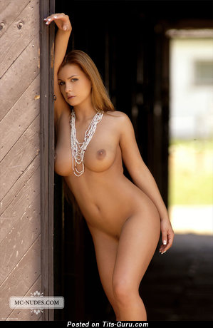 Image. Dorothy Black - naked beautiful girl with medium natural breast image