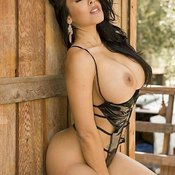 Nina Mercedez - sexy naked latina brunette with medium tittys picture